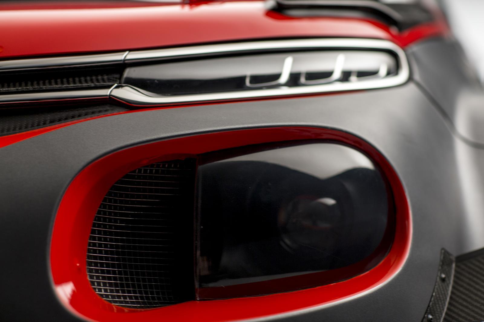 C3 WRC. Передние огни