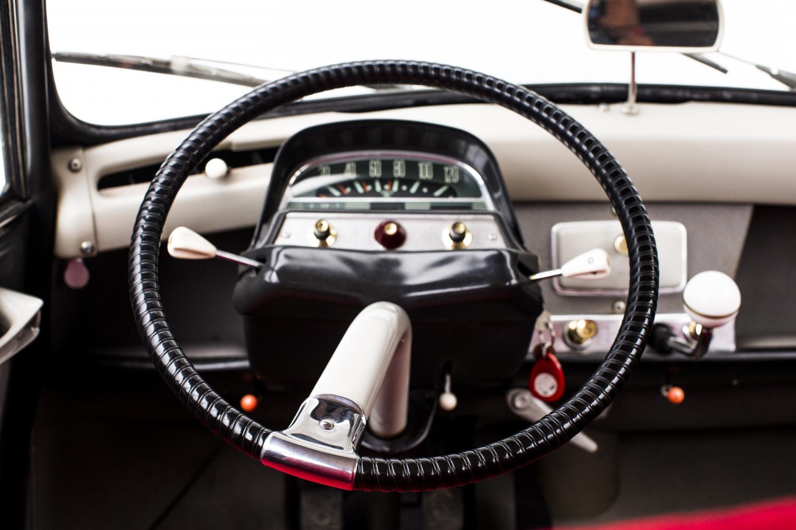 AMI 6 - volant