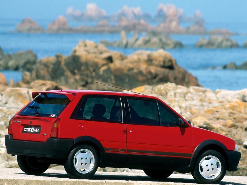 AX GTi 3 portes de 1991 3/4 arrière