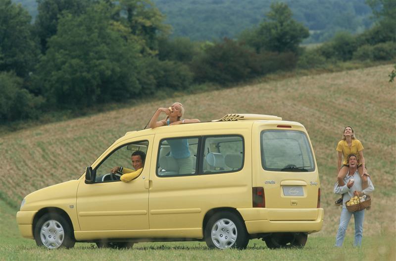 Berlingo Grand Large 1996 concept 3/4 arrière