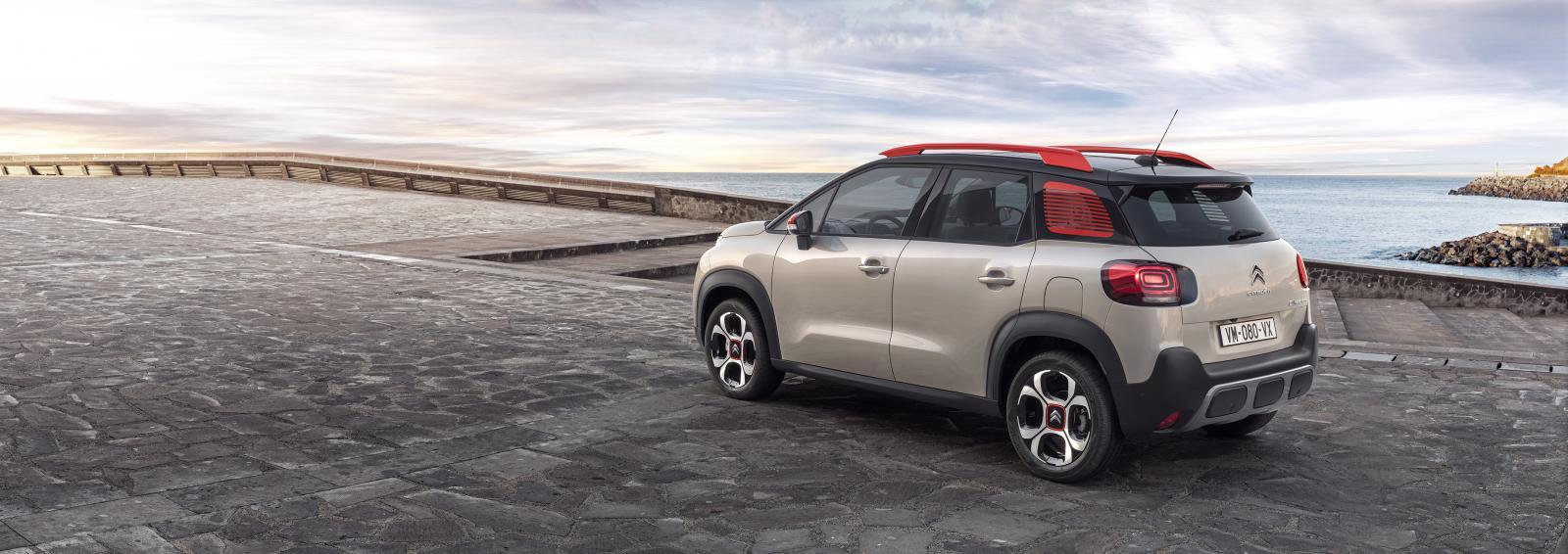 SUV Compact C3 Aircross – zachód słońca