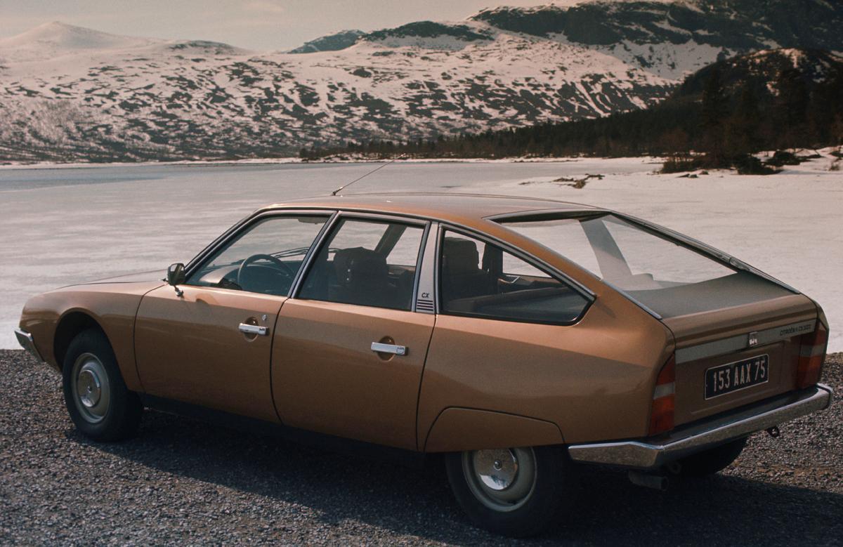 CX Confort 2000 1974 3/4 arrière