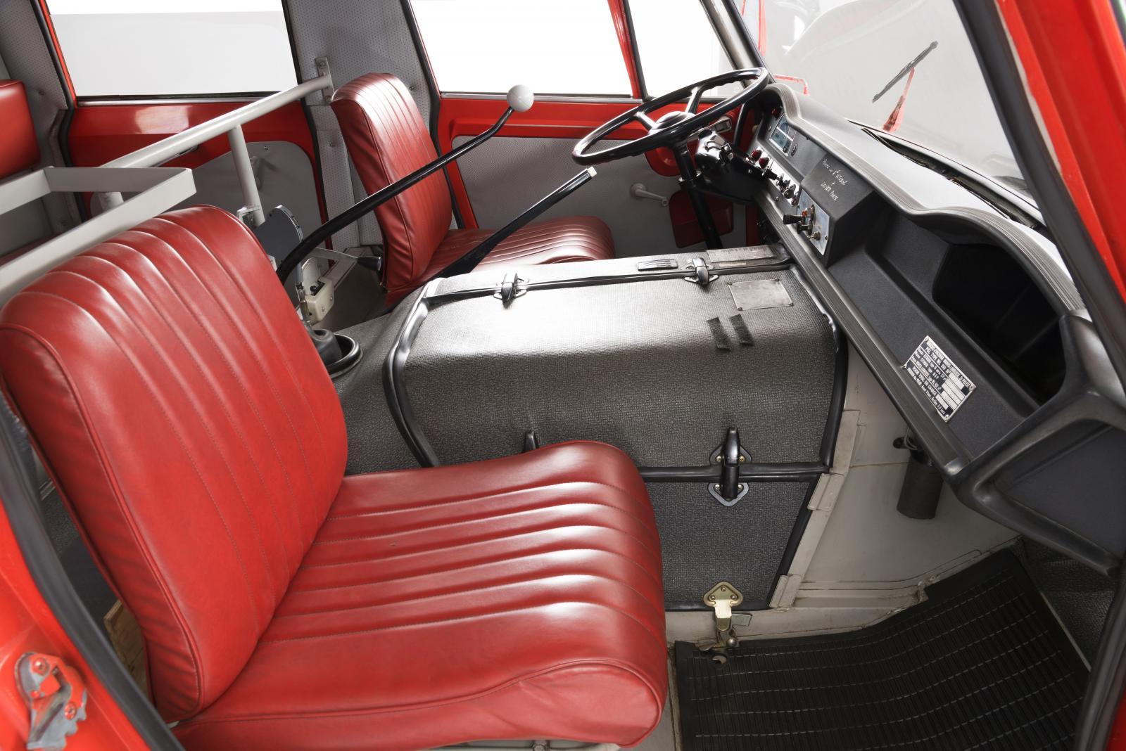 Передние сиденья. Belphégor. Пожарная машина