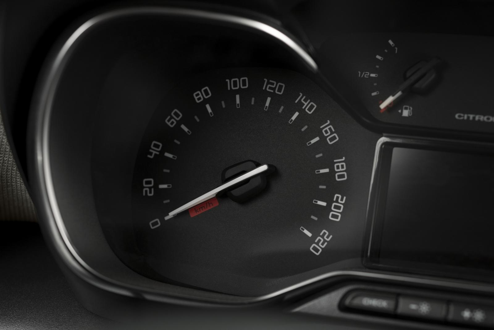 SUV Compact C3 Aircross – Prędkościomierz