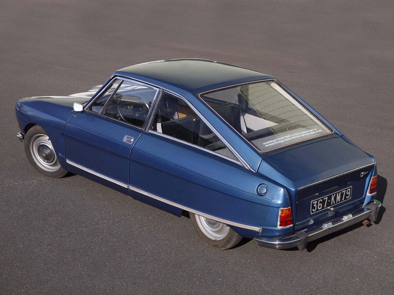 M35 Bleu Delta 1970 3/4 arrière