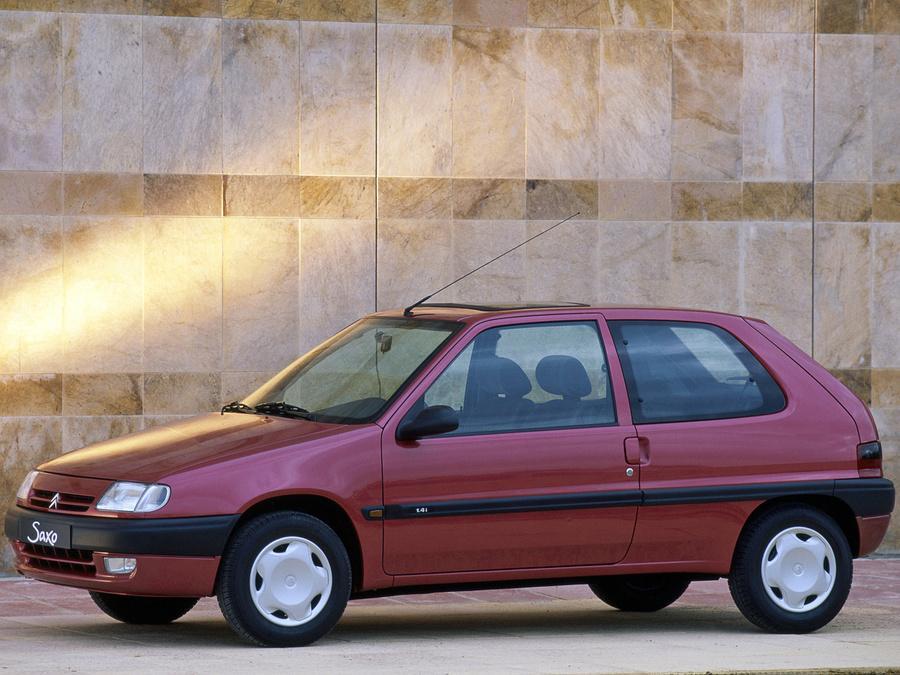 Saxo 1996 Remplaçante de l'AX