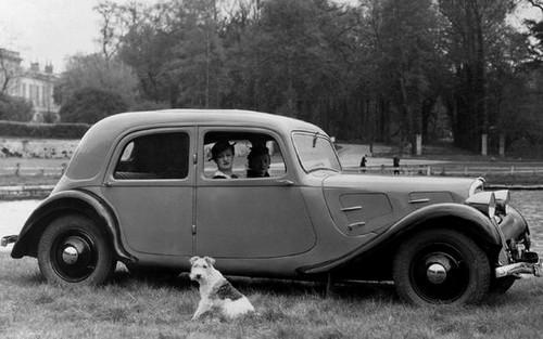 Traction 7A 1934 remplaçante de la Rosalie 8