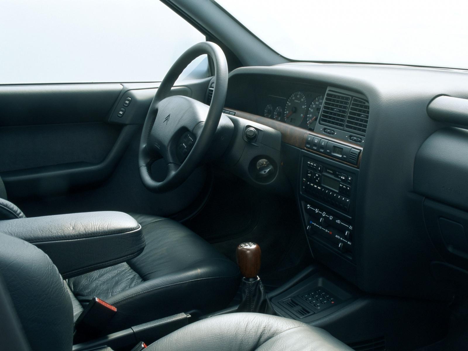 Xantia 16V Activa 1994 intérieur cuir