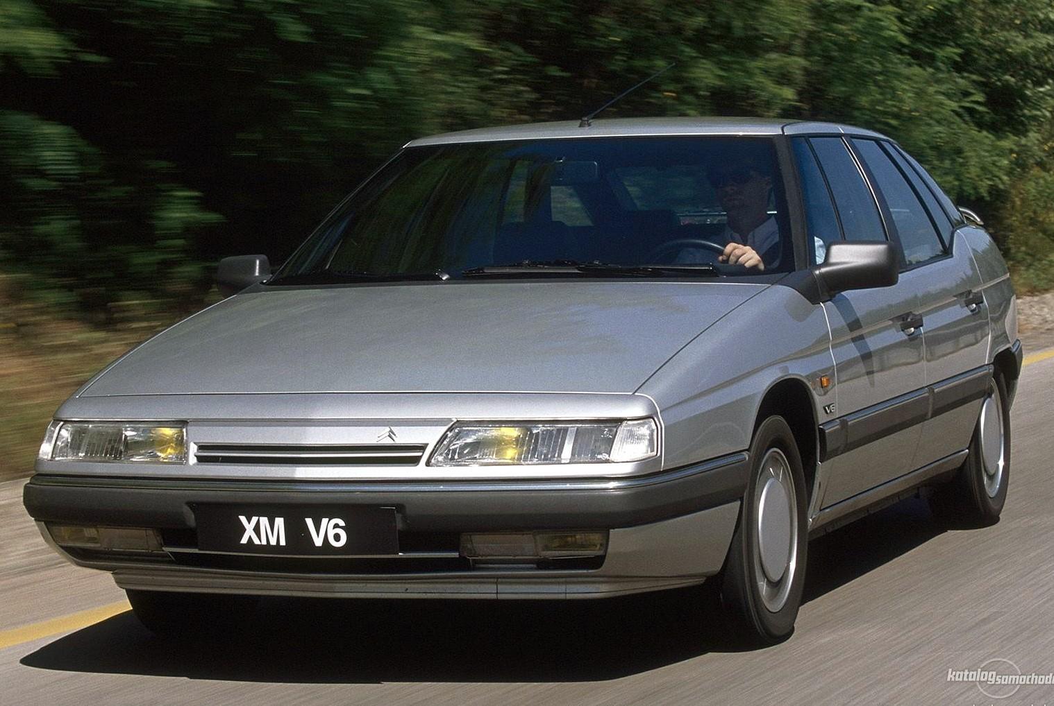 XM V6 1989 face avant